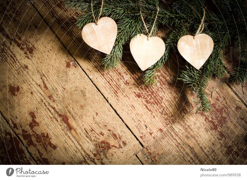 Drei Herzen für Aschenbrödel Dekoration & Verzierung Tannenzweig alt Dielenboden altehrwürdig retro Holz 3 Postkarte weihnachtlich Advent Textfreiraum