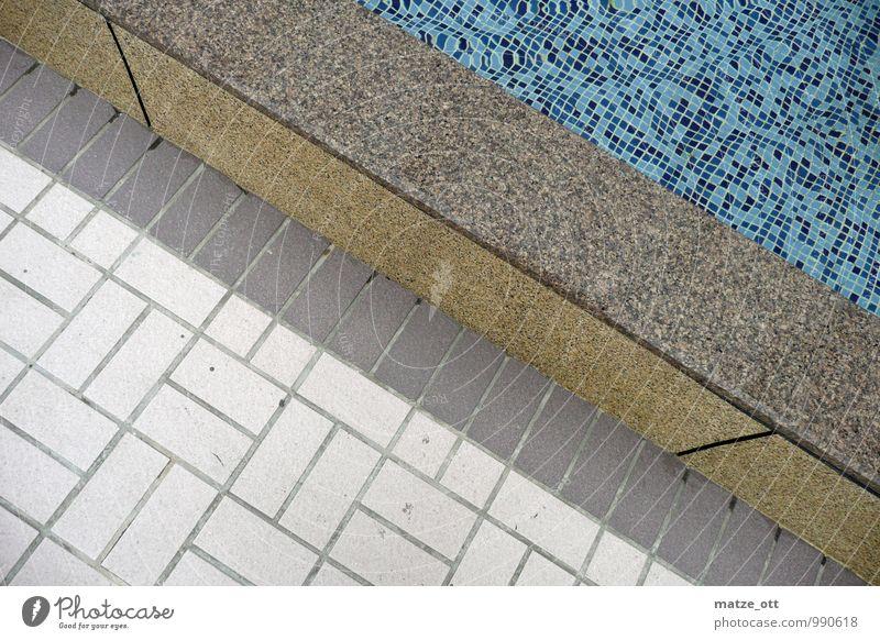 Kacheln, Fliesen und eine Mauer Stil Wellness Sinnesorgane Erholung Bad Schwimmbad Brunnen Fliesen u. Kacheln Mosaik Schwimmen & Baden Architektur Menschenleer