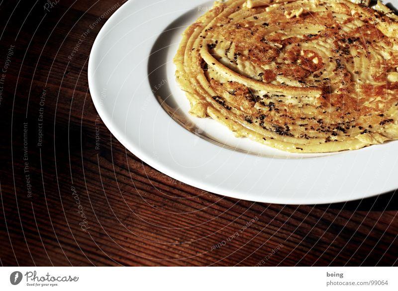 Vollmond Freude Gastronomie Kräuter & Gewürze Speise Kuchen lecker Fett Teller Nudeln Abendessen Schnecke Backwaren Spirale Käse Teigwaren Salz