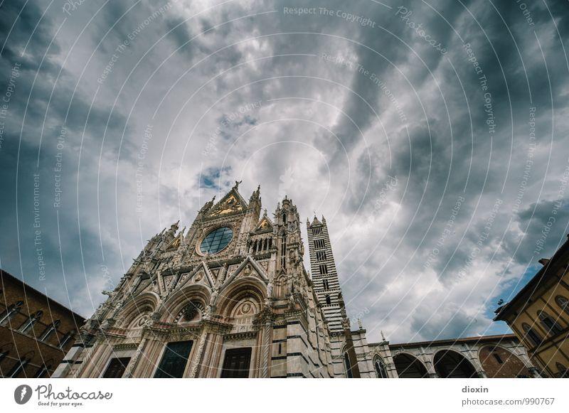 Cattedrale di Santa Maria Assunta Ferien & Urlaub & Reisen Tourismus Sightseeing Städtereise Himmel Wolken Siena Italien Stadt Stadtzentrum Altstadt