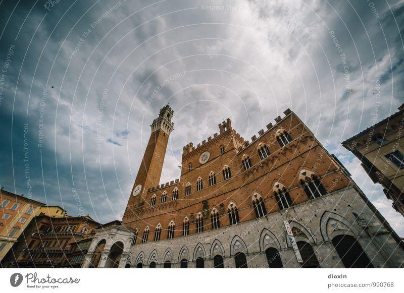 Palazzo Pubblico Himmel Ferien & Urlaub & Reisen Stadt alt Sommer Wolken Fenster Wand Architektur Gebäude Mauer Fassade Tourismus authentisch Ausflug Turm