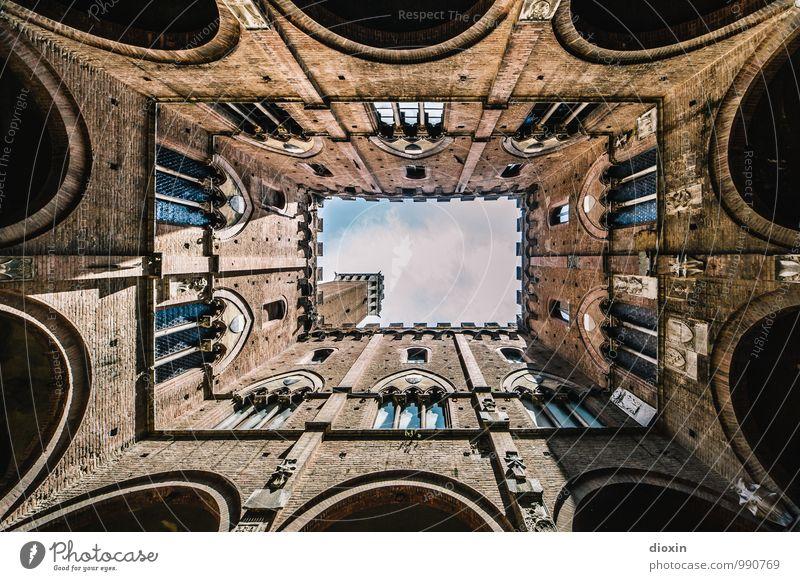1000 | meine Sicht der Dinge Ferien & Urlaub & Reisen Stadt alt Sommer Haus Fenster Wand Architektur Gebäude Mauer Fassade Tourismus authentisch Italien Turm