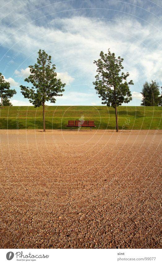 ruhe vor dem sturm Natur Himmel Sonne Sommer ruhig Einsamkeit Erholung Garten Park Bank Verkehrswege