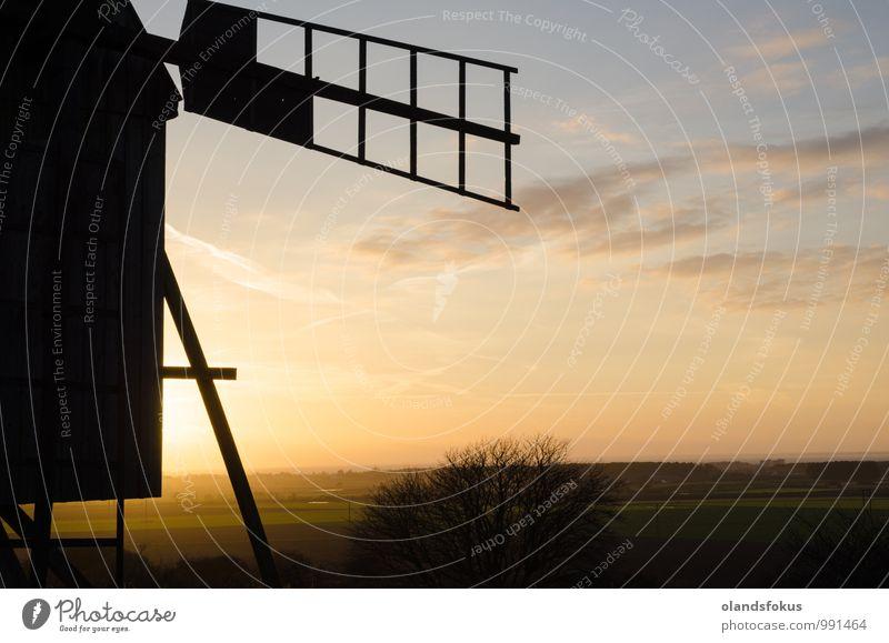 Ansicht der Windmühle schön Ferien & Urlaub & Reisen Sonne Natur Landschaft Himmel Wolken Gebäude Architektur alt historisch retro blau grün Tradition