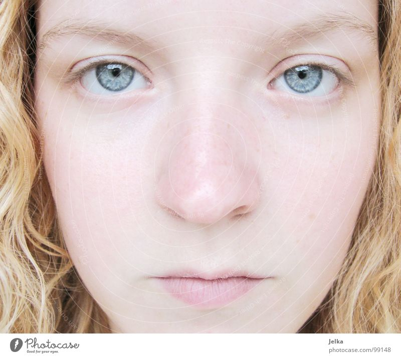 sternstunde der bedeutungslosigkeit Mensch Frau blau Mädchen Gesicht Erwachsene Auge kalt Haare & Frisuren blond Mund Nase Locken Wange lockig Augenfarbe
