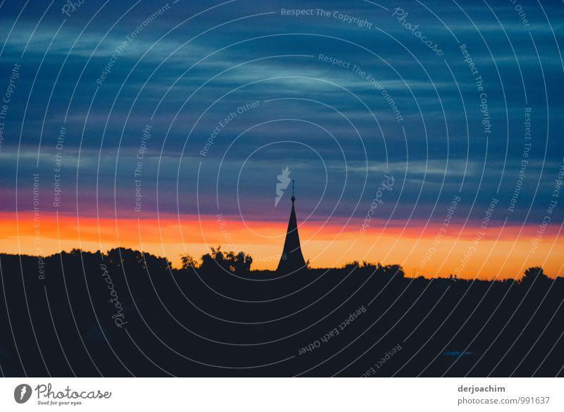 Die Nacht kommt Stadt blau schön Sommer ruhig Freude schwarz Umwelt Gebäude Deutschland ästhetisch genießen fantastisch beobachten Kirche Schönes Wetter