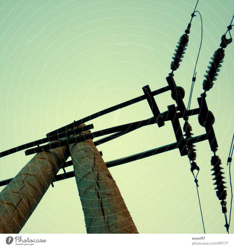 Stromversorger I Elektrizität Kabel Oberleitung Elektrisches Gerät Technik & Technologie Stromversorgung Energiewirtschaft Verbindung Strommast