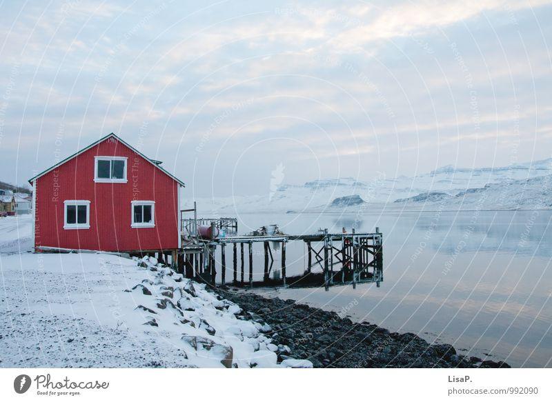 Haus am Fjord Zufriedenheit Erholung ruhig Angeln Ferien & Urlaub & Reisen Tourismus Abenteuer Ferne Freiheit Meer Winter Schnee Winterurlaub Berge u. Gebirge