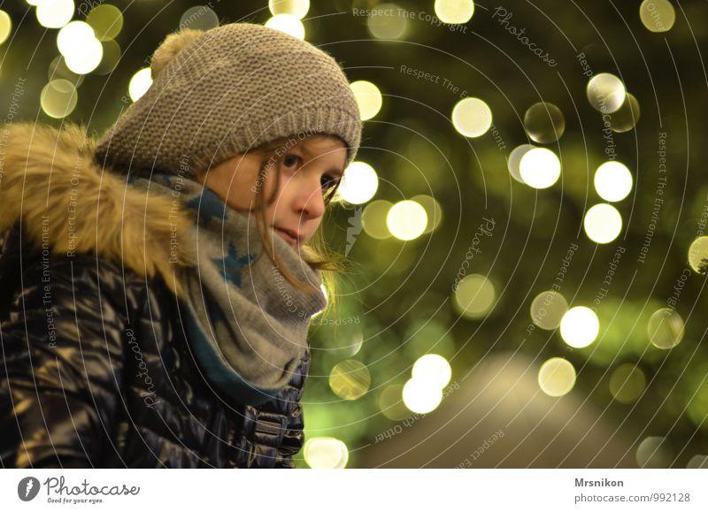 ein lichtlein brennt Ferien & Urlaub & Reisen Nachtleben Veranstaltung Weihnachten & Advent Mensch feminin Kind Mädchen Kindheit Jugendliche Kopf 1 8-13 Jahre