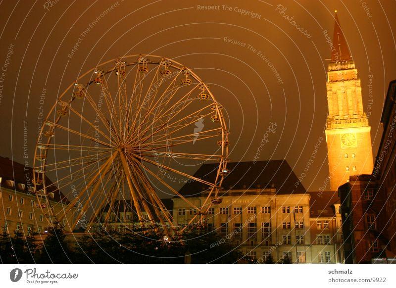 Riesenrad Verkehr Turm Nacht
