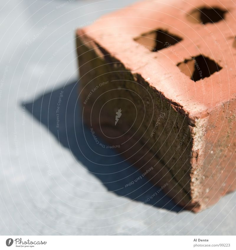 Brick in the sun Sommer Wärme Kraft Physik Tiefenschärfe