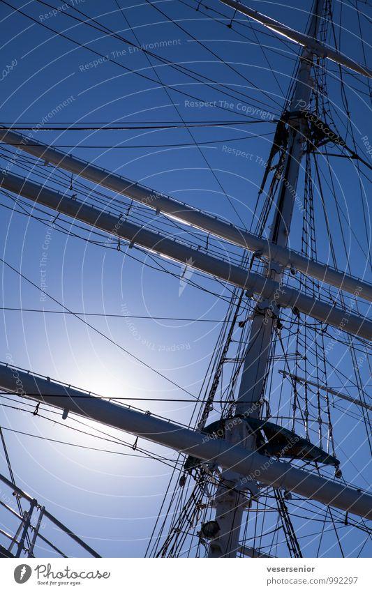 Gorch Fock. Schifffahrt Segelschiff Mast hoch maritim blau Farbfoto Außenaufnahme Menschenleer Tag Silhouette Gegenlicht
