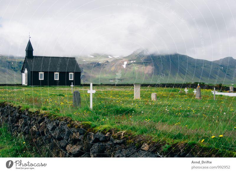Island Kirche Himmel Natur Ferien & Urlaub & Reisen grün Einsamkeit Landschaft Wolken Ferne Berge u. Gebirge Wand Wiese Tod Mauer Garten Felsen Tourismus