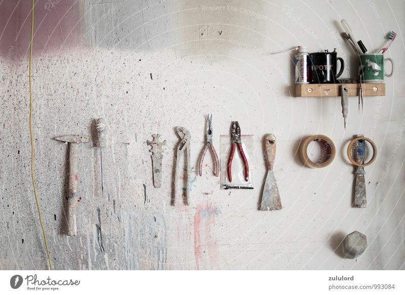 Werkzeugleiste Freizeit & Hobby Basteln heimwerken Renovieren Berufsausbildung Arbeit & Erwerbstätigkeit Handwerker Anstreicher Arbeitsplatz Baustelle Maler