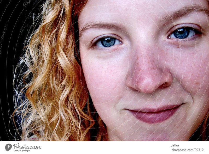wenn du wüsstest... Mensch Frau Gesicht Erwachsene Auge Haare & Frisuren Glück blond Mund Nase Fröhlichkeit Locken grinsen Wange lockig Gesichtsausschnitt
