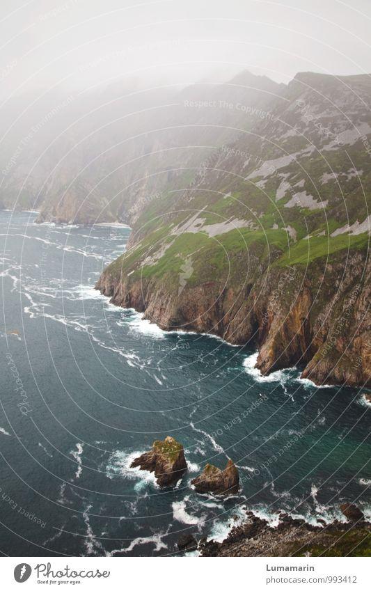 Donegal Ferien & Urlaub & Reisen Landschaft Urelemente Erde Luft Wasser schlechtes Wetter Nebel Felsen Wellen Küste Meer Atlantik groß hoch kalt nass natürlich