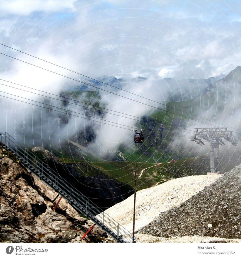 Hintertuxer Gletscher Himmel blau Sommer Wolken Berge u. Gebirge Landschaft Nebel Treppe Seil Bundesland Tirol Gondellift Seilbahn Drahtseil Tux
