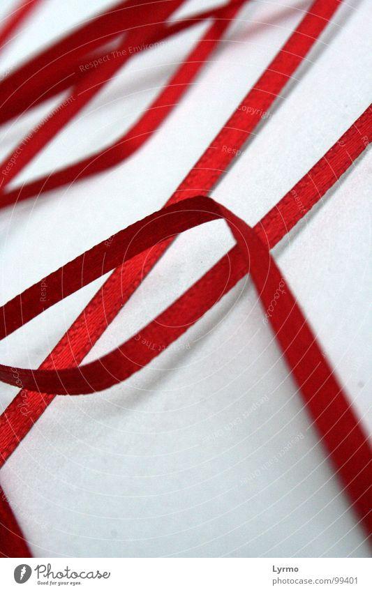roter faden weiß Farbe Wege & Pfade Linie Wellen Seil Schnur obskur führen Kurve durcheinander Nähgarn Bogen Orientierung gekrümmt