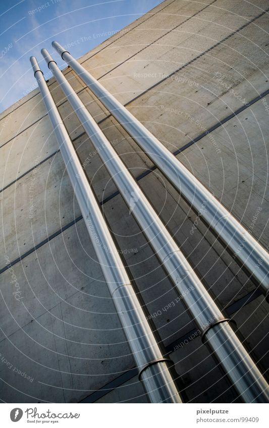 wolkenkratzer Himmel Wolken Gebäude Linie Beton Hochhaus 3 Güterverkehr & Logistik einfach Verbindung Dynamik Eisenrohr Flucht Schornstein Plattenbau