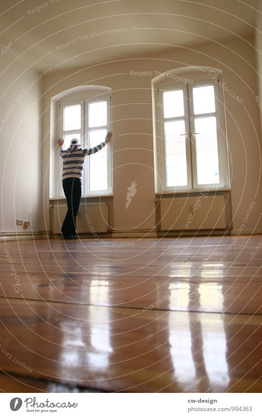 Gentrifizierungswahn Lifestyle Reichtum Stil Häusliches Leben Wohnung Renovieren Umzug (Wohnungswechsel) einrichten Raum Wohnzimmer Mensch maskulin Junger Mann