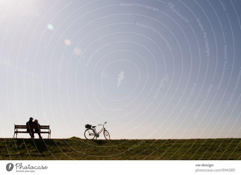 Fahrradtour Mensch Frau Natur Ferien & Urlaub & Reisen Mann Landschaft Ferne Erwachsene Leben Wiese feminin Sport Freiheit Lifestyle Paar Zusammensein