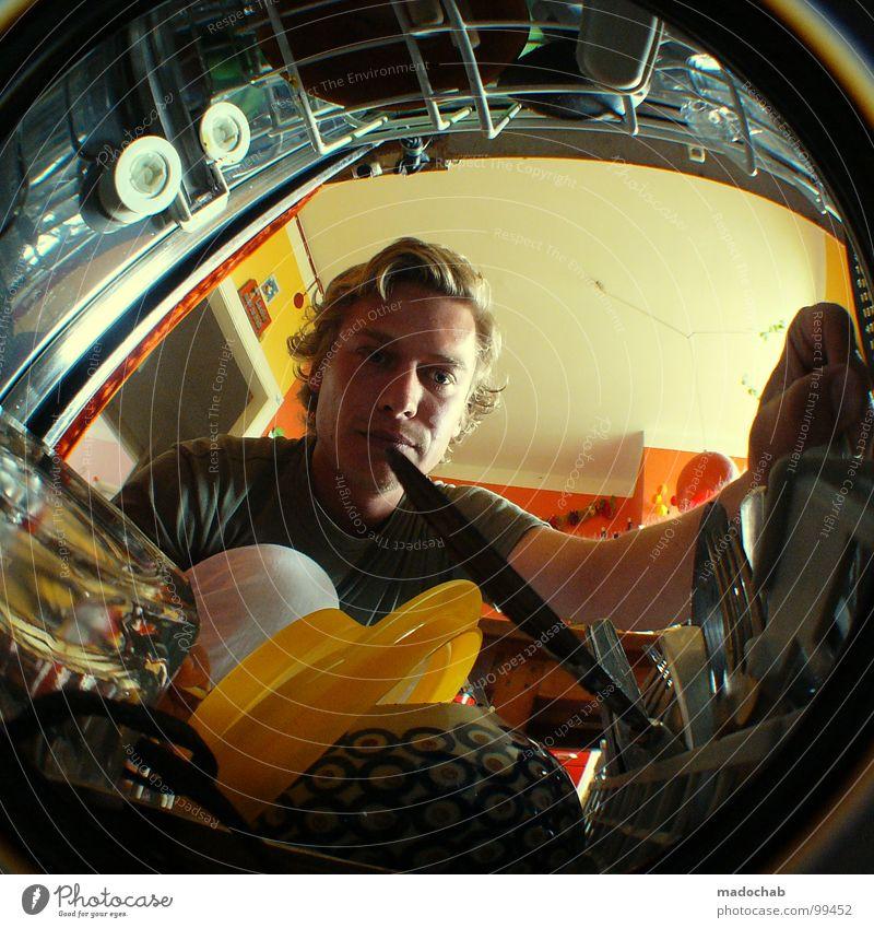 STUDENTENSTYLE Mensch Mann Wasser Hand Ernährung Arbeit & Erwerbstätigkeit Geschirr Glas blond Freizeit & Hobby dreckig Ordnung Lifestyle Reinigen
