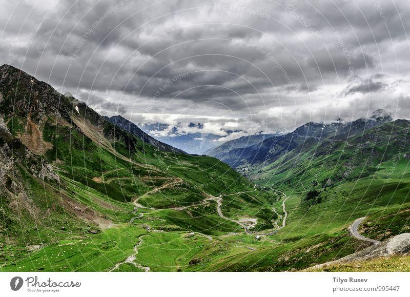 Himmel Natur schön grün Farbe weiß Landschaft Wolken Winter Umwelt Berge u. Gebirge natürlich Aussicht Europa Fotografie Spanien
