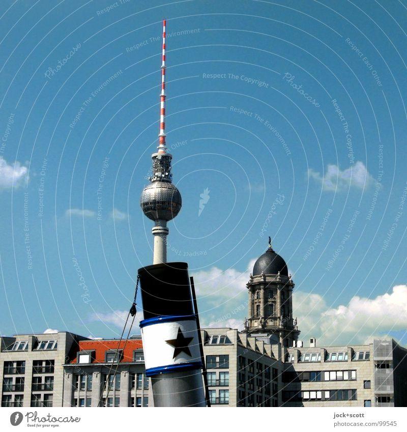 ...3,2,1./ Architektur Wolken Sommer Schönes Wetter Wärme Berlin-Mitte Hauptstadt Stadtzentrum Gebäude Fassade Sehenswürdigkeit Wahrzeichen Berliner Fernsehturm