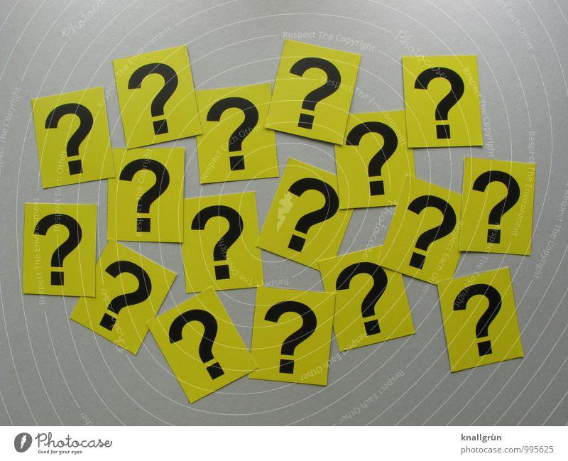 Fragen über Fragen Zeichen Schilder & Markierungen Kommunizieren eckig Neugier gelb grau schwarz Gefühle geheimnisvoll Überraschung Fragezeichen Farbfoto