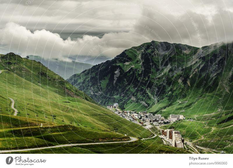 Himmel Natur Ferien & Urlaub & Reisen schön grün weiß Baum Landschaft Wolken Winter Wald Umwelt Berge u. Gebirge Wege & Pfade natürlich Tourismus