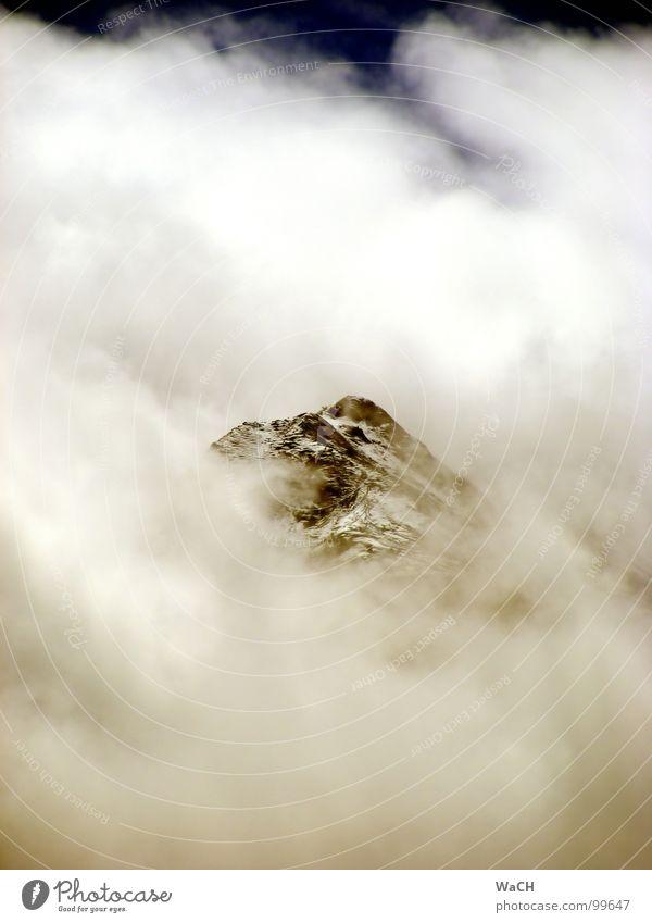 Pihapper im Nebel Gipfel Wolken Schnee Himmel Berge u. Gebirge Freizeit & Hobby Bergsteigen Mittersill Salzburg Pinzgau Felbertal mountain clouds fog Tal sky