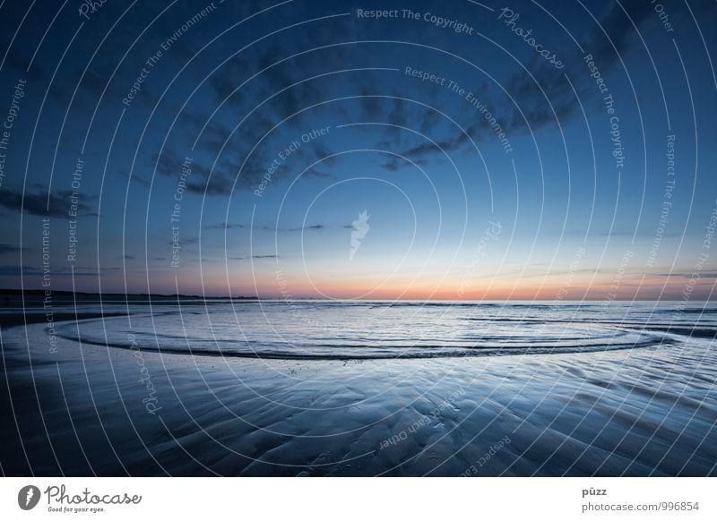 Blaue Stunde Ferien & Urlaub & Reisen Strand Meer Wellen Umwelt Natur Landschaft Wasser Himmel Horizont Sonnenaufgang Sonnenuntergang Schönes Wetter Küste