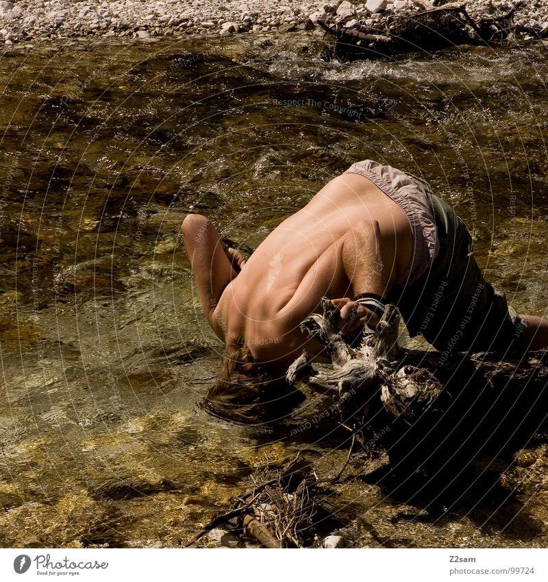 abkühlung Mann Wasser Sommer Berge u. Gebirge Wärme Stein nass frisch Klarheit Physik Erfrischung Bayern Bach Gewässer Kühlung Ferien & Urlaub & Reisen