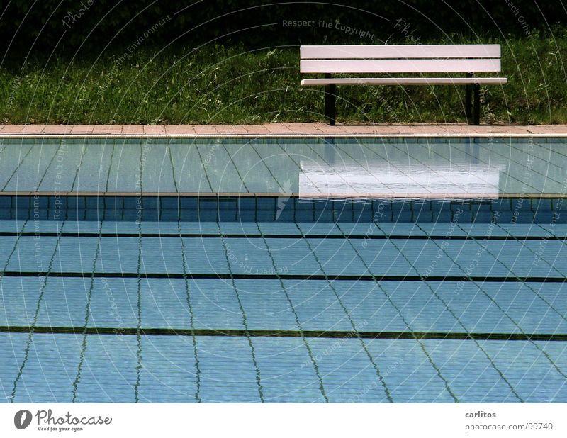 es wird heiss Wasser Ferien & Urlaub & Reisen Sommer Freude Regen Freizeit & Hobby Schwimmbad Wassersport schlechtes Wetter Tiefdruckgebiet Gute Laune Schlechte Laune