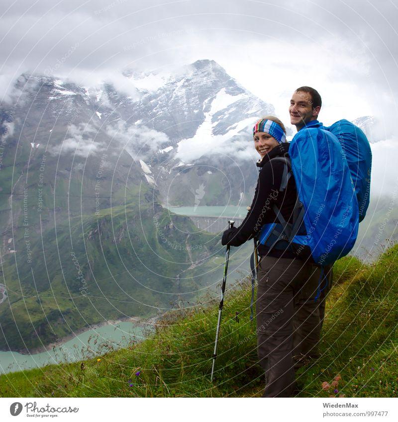 Bergwanderung Quadrat Mensch Ferien & Urlaub & Reisen Jugendliche Pflanze Junge Frau Wolken Freude Junger Mann 18-30 Jahre Erwachsene Berge u. Gebirge Glück