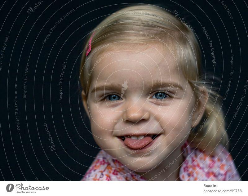 ÄTSCHIBÄTSCH!!! Kind Mädchen Kleinkind süß niedlich Kindergarten Junge Fröhlichkeit Unbekümmertheit Porträt klein ungeheuerlich Ärger Gesichtsausdruck rotzig