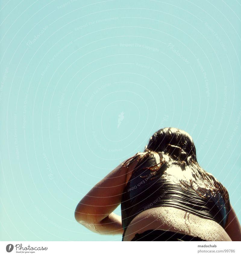 DIRECTORS CUT dick Badeanzug nass Sommer glänzend Mensch Jugendliche duodingsbums mit zetti Haare & Frisuren Himmel blau Wasser melovephotos rückwärts Haut skin