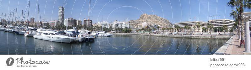 Panorama Alicante Hafen, Spanien Meer ruhig Wasserfahrzeug groß Hügel Schönes Wetter Segeln Anlegestelle Panorama (Bildformat) Segelboot Promenade weitläufig