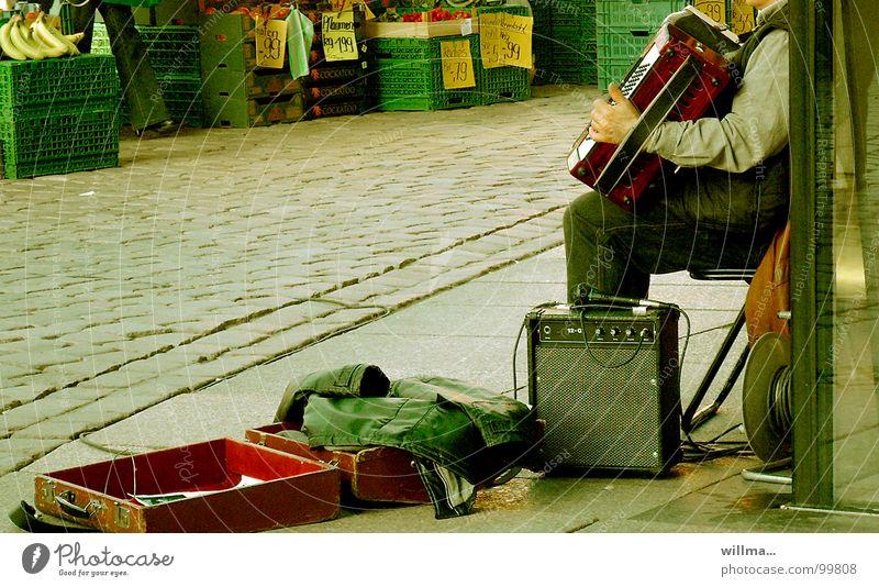 - preisspiel - Einsamkeit Musik Frucht Geld Konzert Gemüse Kopfsteinpflaster Lautsprecher Markt Koffer Mikrofon Musiker Banane kopflos Pflaume Verstärker