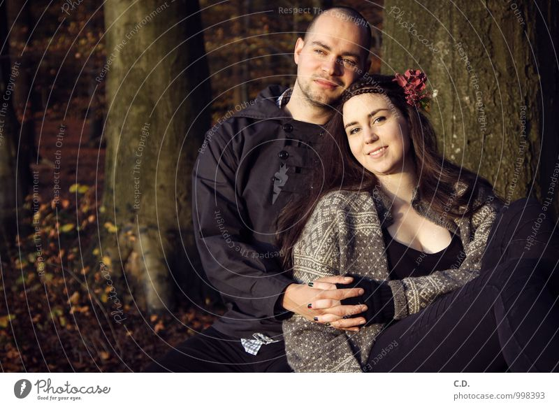 P&S II Mensch Jugendliche Baum Blume 18-30 Jahre Wald Erwachsene Gefühle Liebe natürlich Glück Paar Zusammensein Zufriedenheit Fröhlichkeit Lächeln