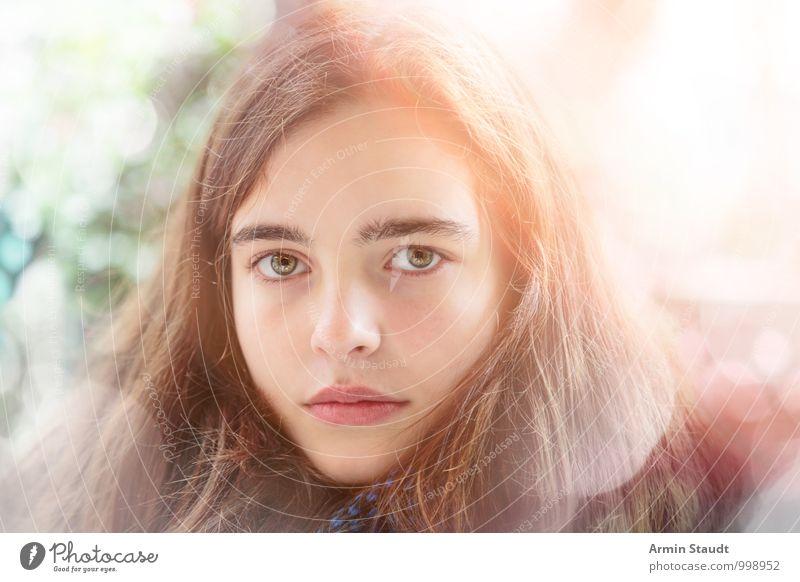 Porträt Lifestyle Stil schön Mensch feminin Jugendliche Gesicht 1 13-18 Jahre Kind langhaarig leuchten authentisch einzigartig natürlich Gefühle selbstbewußt