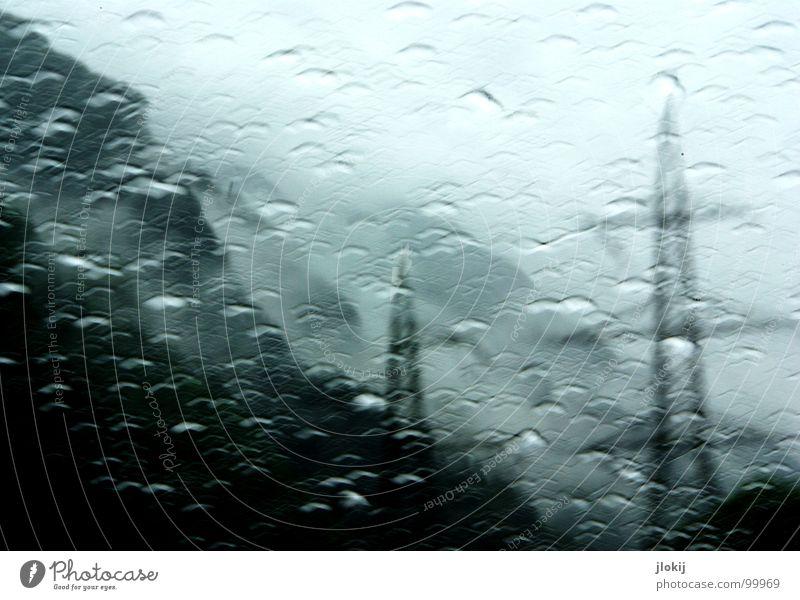 Energy Natur Landschaft Wolken Fenster Berge u. Gebirge Bewegung Regen glänzend Nebel Energiewirtschaft PKW Kraft Wassertropfen Elektrizität nass Kabel