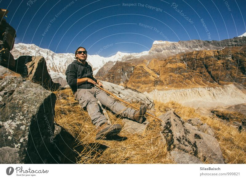 Rest and be thankful Mensch Ferien & Urlaub & Reisen Jugendliche Freude Junger Mann 18-30 Jahre Ferne Erwachsene Berge u. Gebirge Sport Glück Freiheit