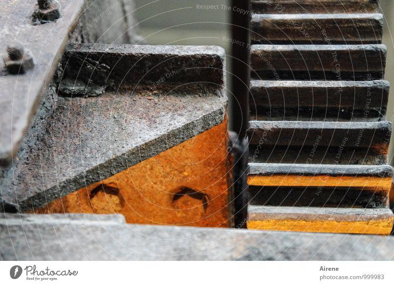 AST7 Pott | Farbe im Getriebe schwarz grau Metall Arbeit & Erwerbstätigkeit orange Kraft Erfolg Technik & Technologie Industrie Güterverkehr & Logistik stark